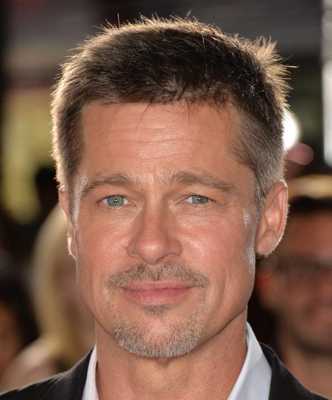 Brad-Pitt-et-sa-barbe-de-3-jours